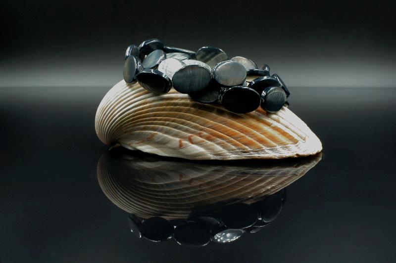 Potrójna bransoleta z masy perłowej